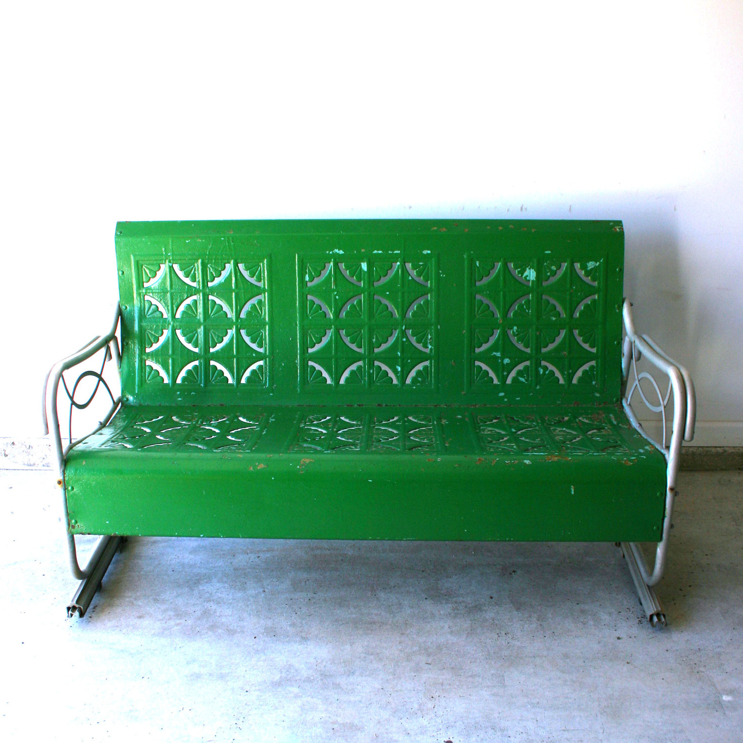 Fashionable Outdoor Patio Swing Glider Bench Chair S Throughout Furniture (View 4 of 25)