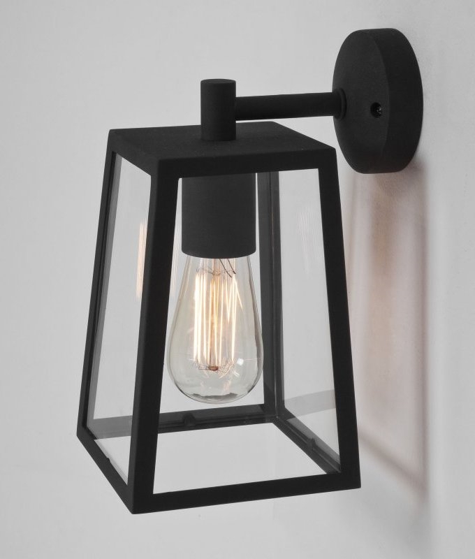Best And Newest Heitman Black Wall Lanterns Throughout Contemporary 4 Paned Bracket Lantern (View 12 of 15)
