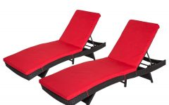 2-piece Outdoor Wicker Chaise Lounge Chairs