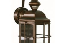 New England Style Outdoor Lighting