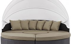 Brentwood Patio Daybeds with Cushions